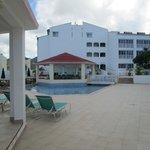 Marina pool & bar.