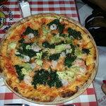 und wieder: Pizza Napoleone