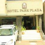 Devanture Park PLaza