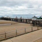 All 500 metres of North Pier