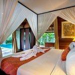bedroom of Honeymoon Pool Villa