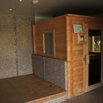 Spa et Sauna (+pièce pour se changer avec douche/wc)