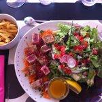 Salade de thon mi-cuit et son vinaigre de mangue José ��������