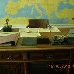 Shindlers desk