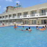Guest enjoing Swimming Pool
