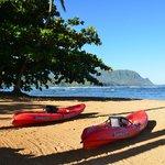 Beach at St Regis - kayak in Hanalei Bay