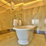 Panorama Suite 10 - Bathroom