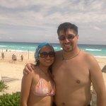 felices en la playa
