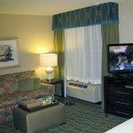 Studio Suite 409 Lounge Area - 2013
