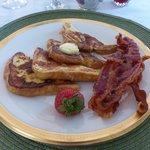 Breakfast (select!)