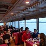 Dandy Restaurant Cruise Ship resmi