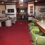 Hotel Senator Hamburg bar area looking toward Reception.