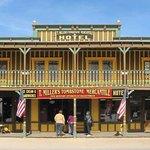 T. Miller's Tombstone Hotel Foto