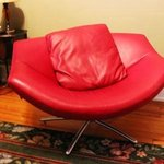 Annie Bell: Lips Chair--unexpected--just like Annie Bells sense of humor!
