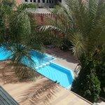 Diwane piscine vue depuis chambre