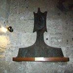 Eglise Notre-Dame:  scultura testa in marmo