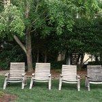 Wine County Inn - Garden Seating