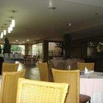 restaurante bem amplo