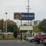 Music Row Hotel
