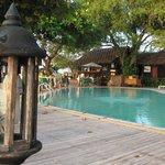 Village Gelände mit Pool