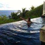 vue de la piscine de notre villa