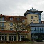 Das Hotel im Herbst