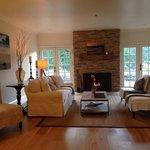 Gorgeous beachy living room