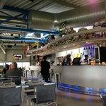Restaurant et son bar