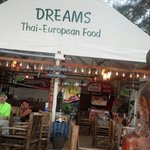 Great relaxing beachside food and drink place
