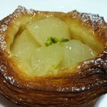 Boule Beurre Pear Pastry