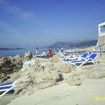 Sun bathing area and sea access