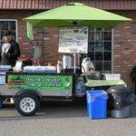 Zdjęcie Sizzlin Shamrock Gourmet Hotdogs