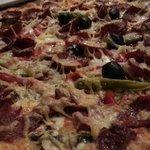 Pizza Diavolo mit extra Sucuk, ein Gedicht.