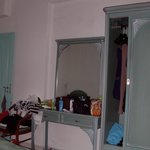 Lo specchio e l'armadio