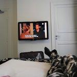 TV og baderomsdør