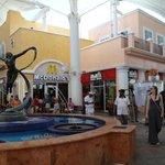 La Isla Shoping mall