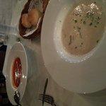 toöato and mushroom soups