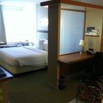 Suite Arrangement with Privacy Desk