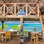 tree house dining - only on roatan!
