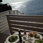 colazione sul balcone della camera