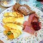Loretta's homecooked breakfast...yum!