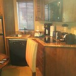 Room 184P - Mini Kitchen, fully equipped with everything you need!