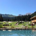 Hotel mit Pool und Panorama