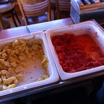 Patates et sauce tomate à priori on a pas gouté tellement ce n etait pas appétissant!