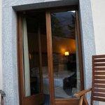 Petit balcon avec 2 fauteuils
