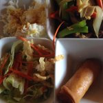 Photo de Wat Dong Moon Lek Noodle
