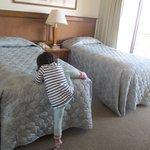 ベッドは高い、そして少し狭かったです