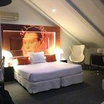 Room 402 - lovely suite