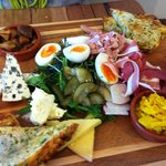 Classic Ploughman's Lunch