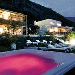 Hidalgo Suites Garden with Whirlpool